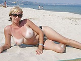 Topless Naked Wife at the Beach - Voyeur Pictures