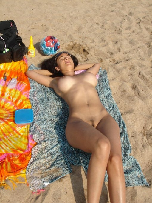 Hot Romanian Girls Nude On Beach