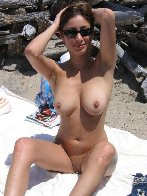 Nude Beach Pictures Of Hot Wife With Perfect Body