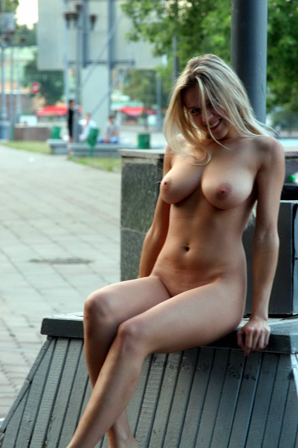 Super Hot Mom with Big Boobs Flashing Naked in Public Photo