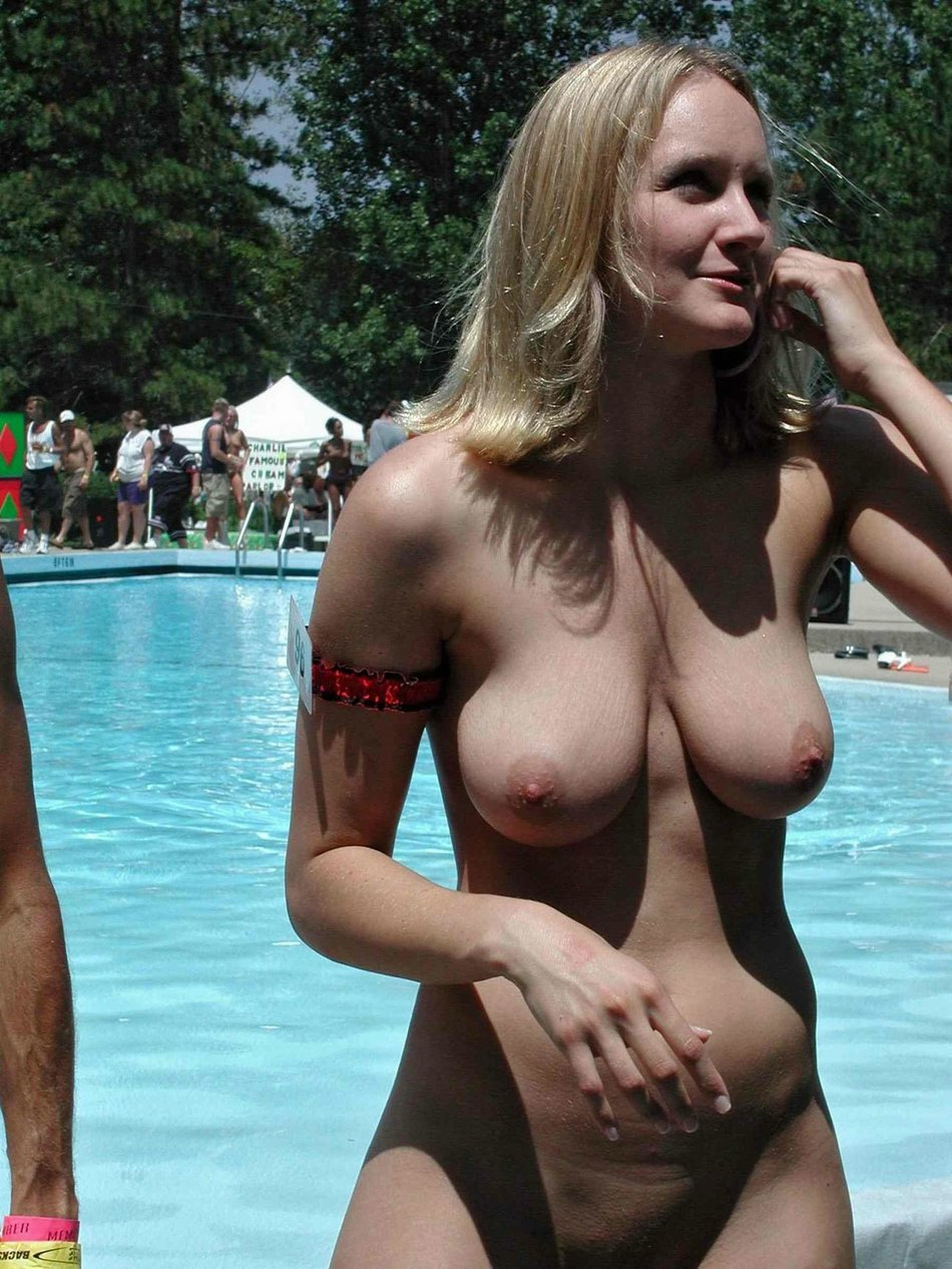 Natural Big Boobs At Public Pool Of Hot Wife Flashing Nude