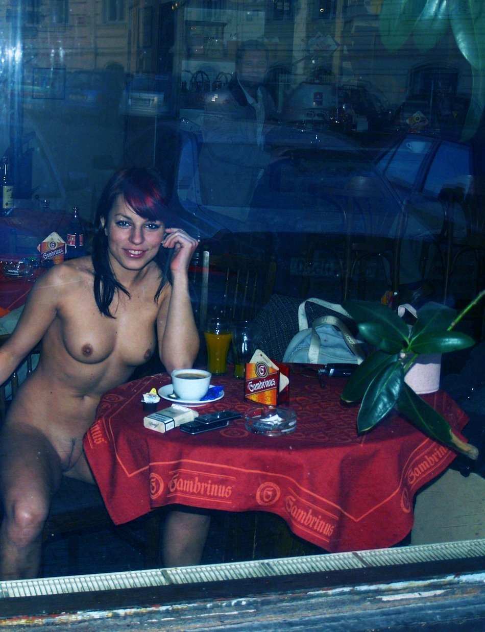 Nude Pussy Flashing Photo of Cute Girl in Restaurant
