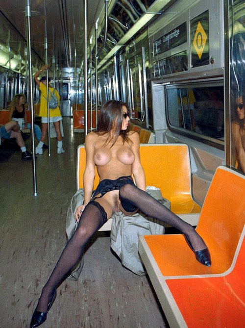 Indecent Exposure of Hot Woman Naked in Subway