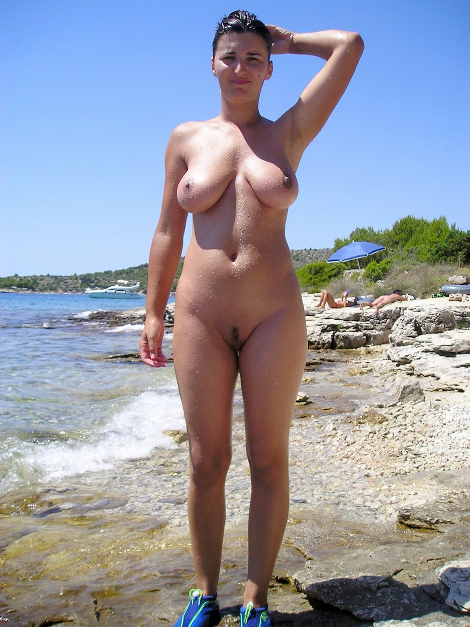 Wife completely naked at the beach
