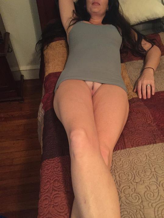 Naked wife at home picture