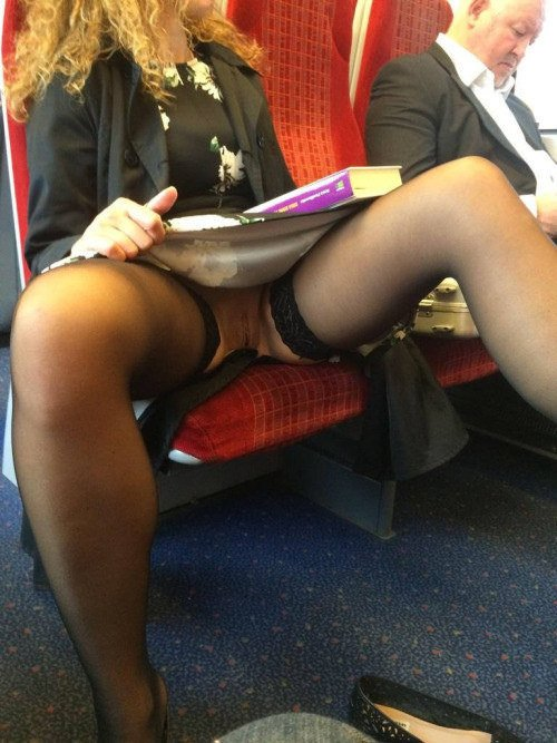 Picture flashing pussy in train no panties