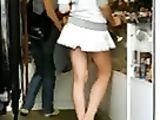 Offene Upskirt Video heiße Mädchen mit erstaunlicher Ass Voyeur